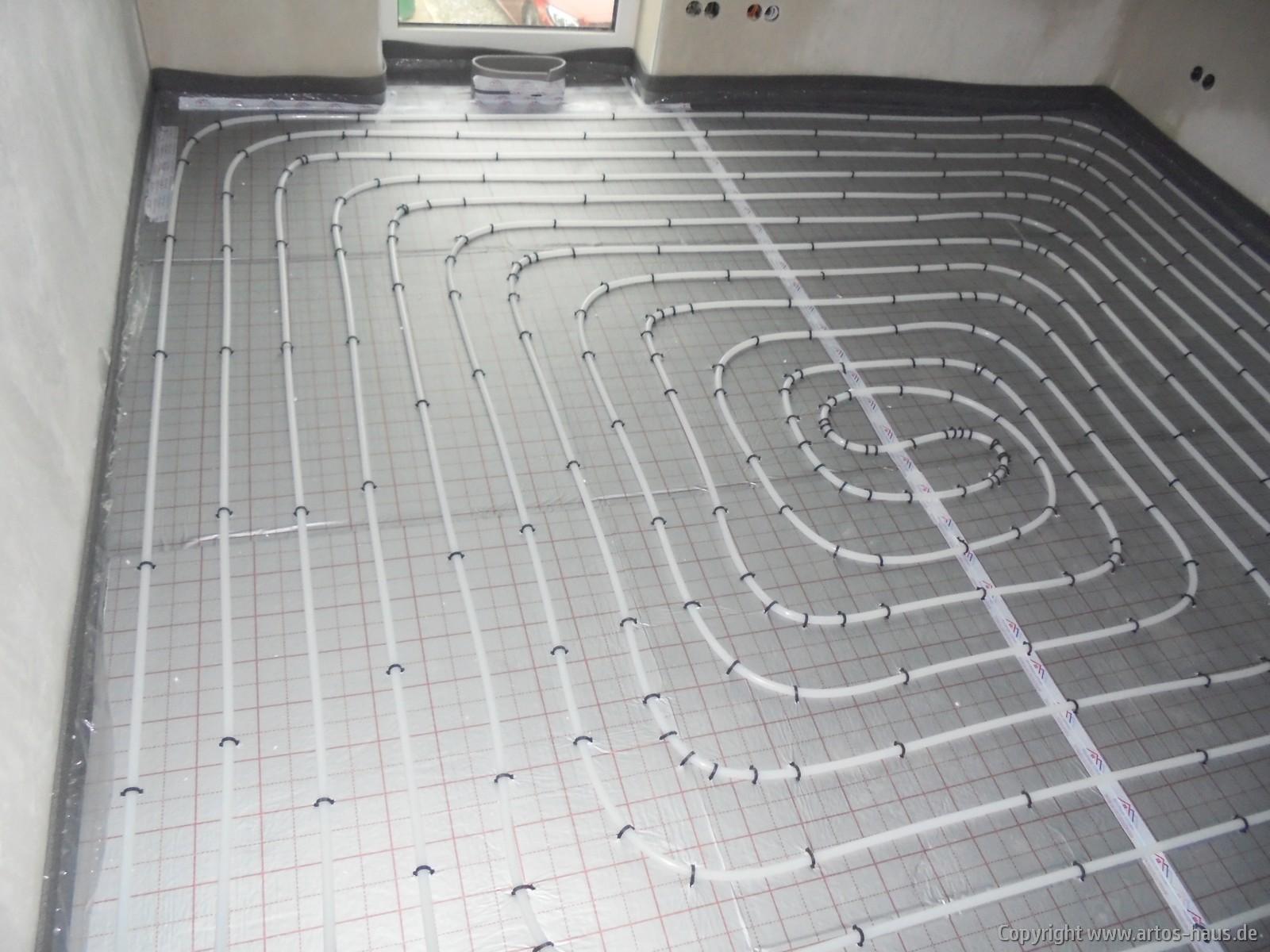Verlegung Fußbodenheizung / Artos-Haus