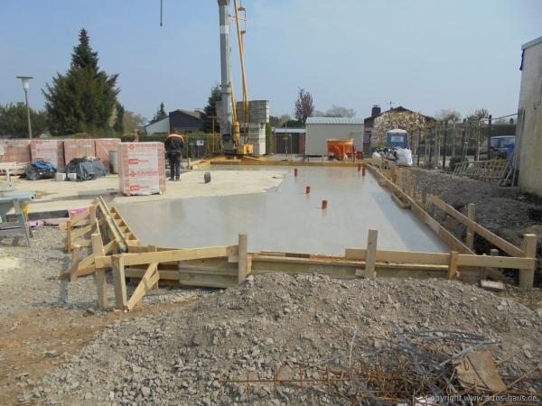 Betonieren Bodenplatte EG 3 | Artos-Haus