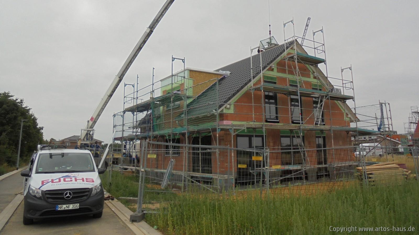 Dacheindeckung BV Korschenbroich | ARTOS-HAUS Bild 1