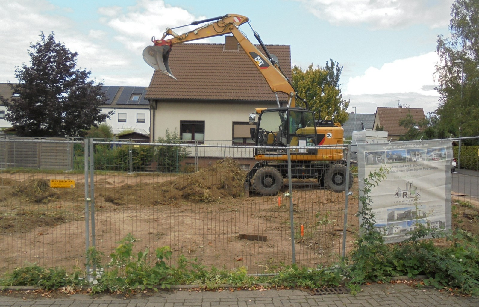 Erdarbeiten in Pulheim | ARTOS HAUS Bild 1