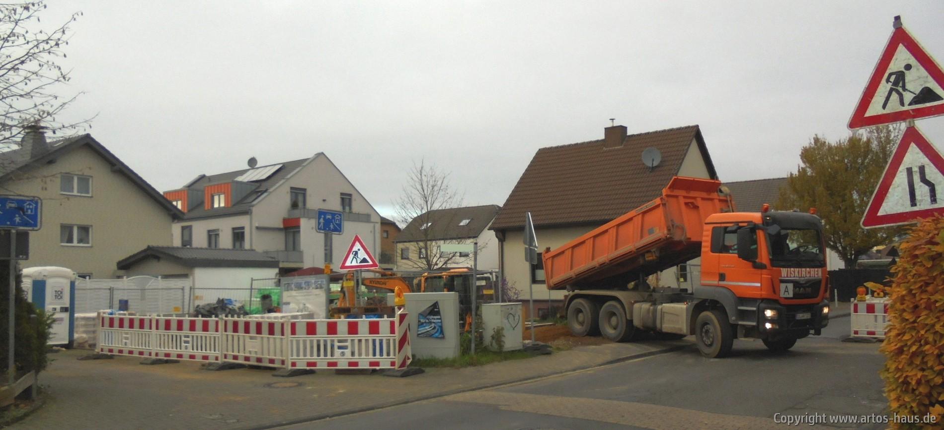 Verfüllen der Baugrube | www.artos-haus.de
