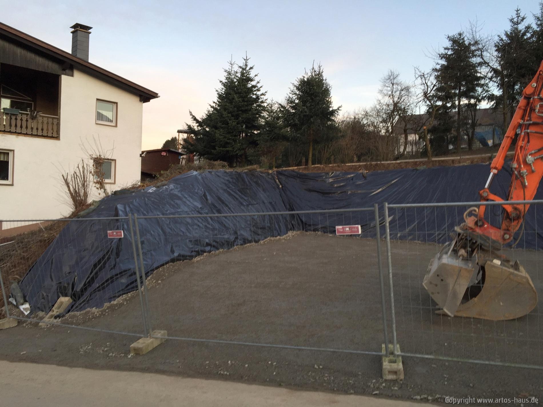Baugrube fertiggestellt | Bild 2 artos-haus.de