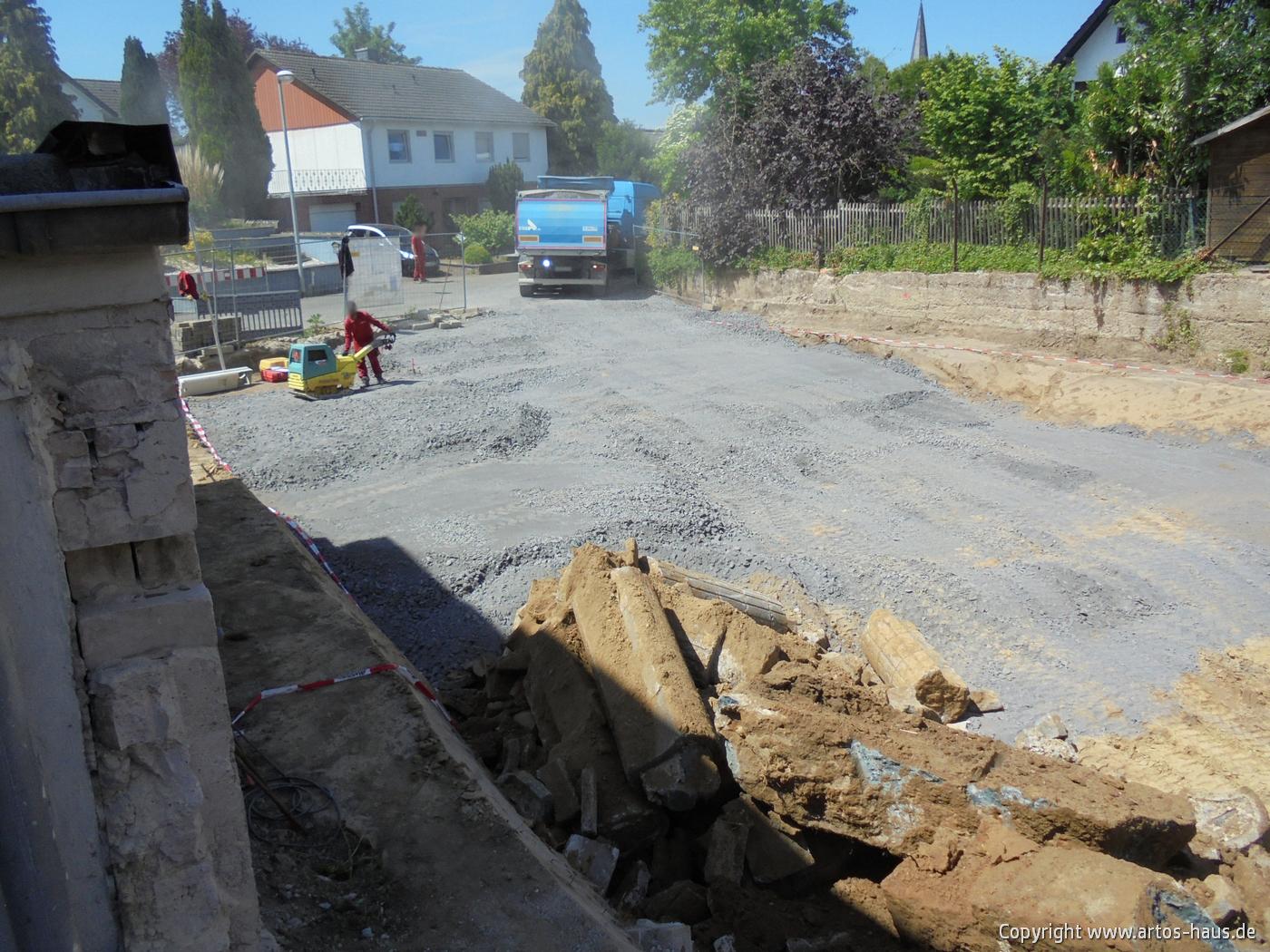 Erdarbeiten Mehrfamilienhaus www.artos-haus.de Bild 4