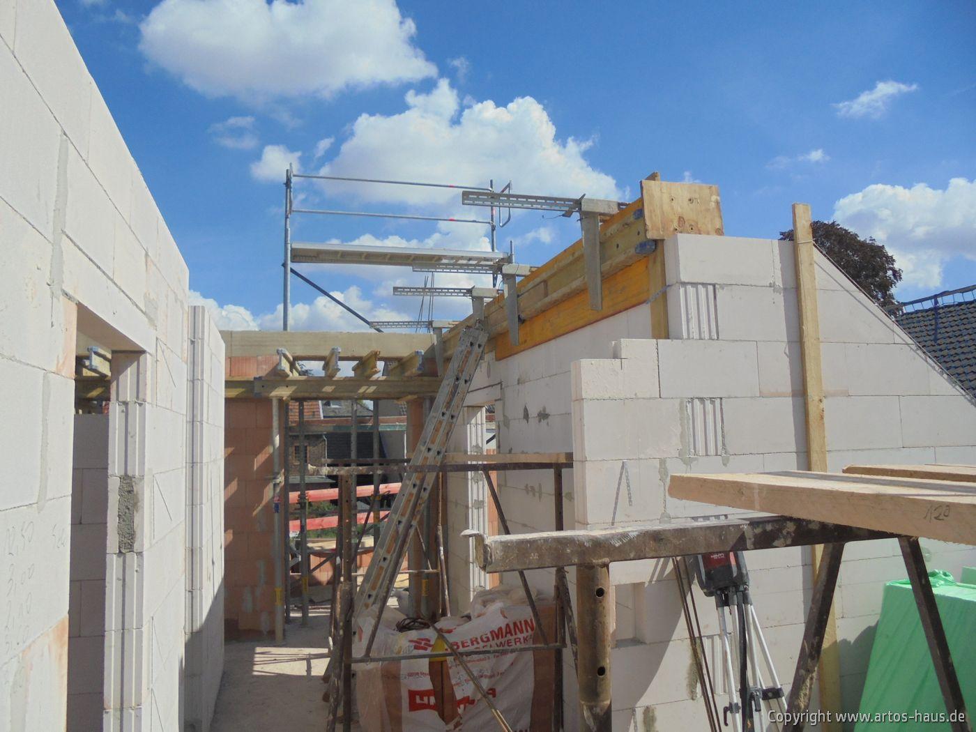 Dachgeschoss Artos Haus Pulheim, Mehrfamilienhaus Bild 1
