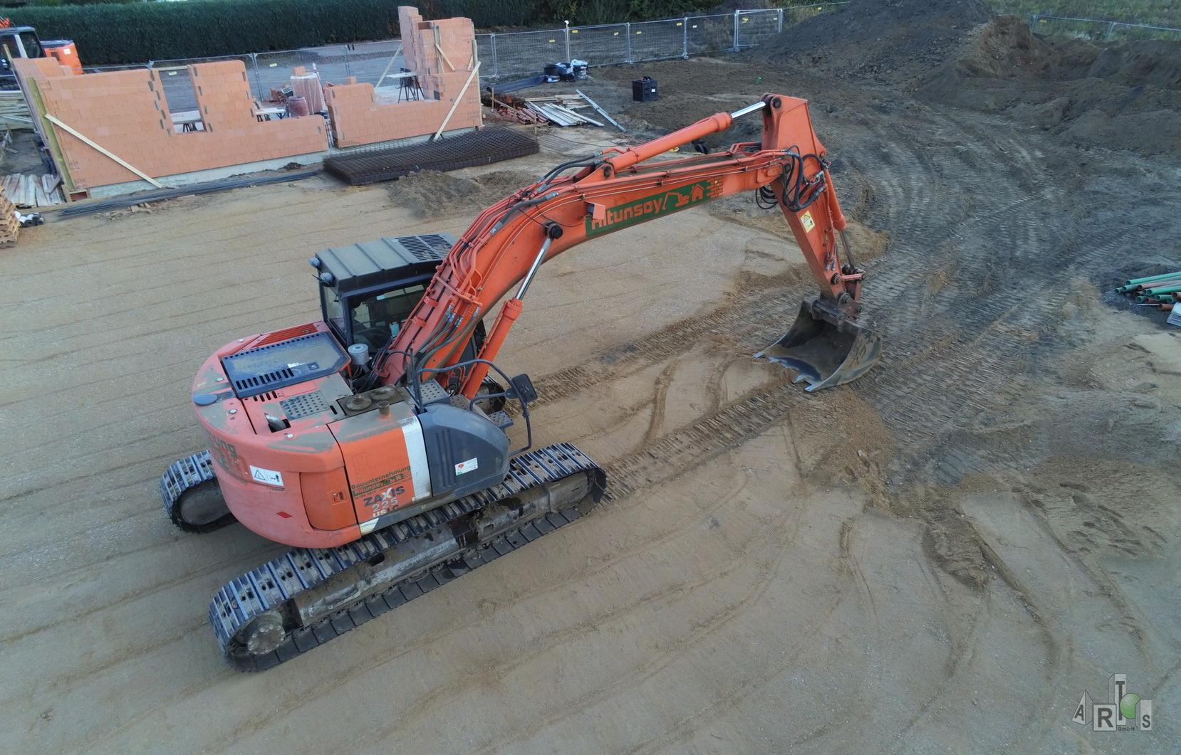 Luftbild unserer Baustelle in Hürth. Hier entstehen 3 DHH. www.artos-haus.de | Bild 3