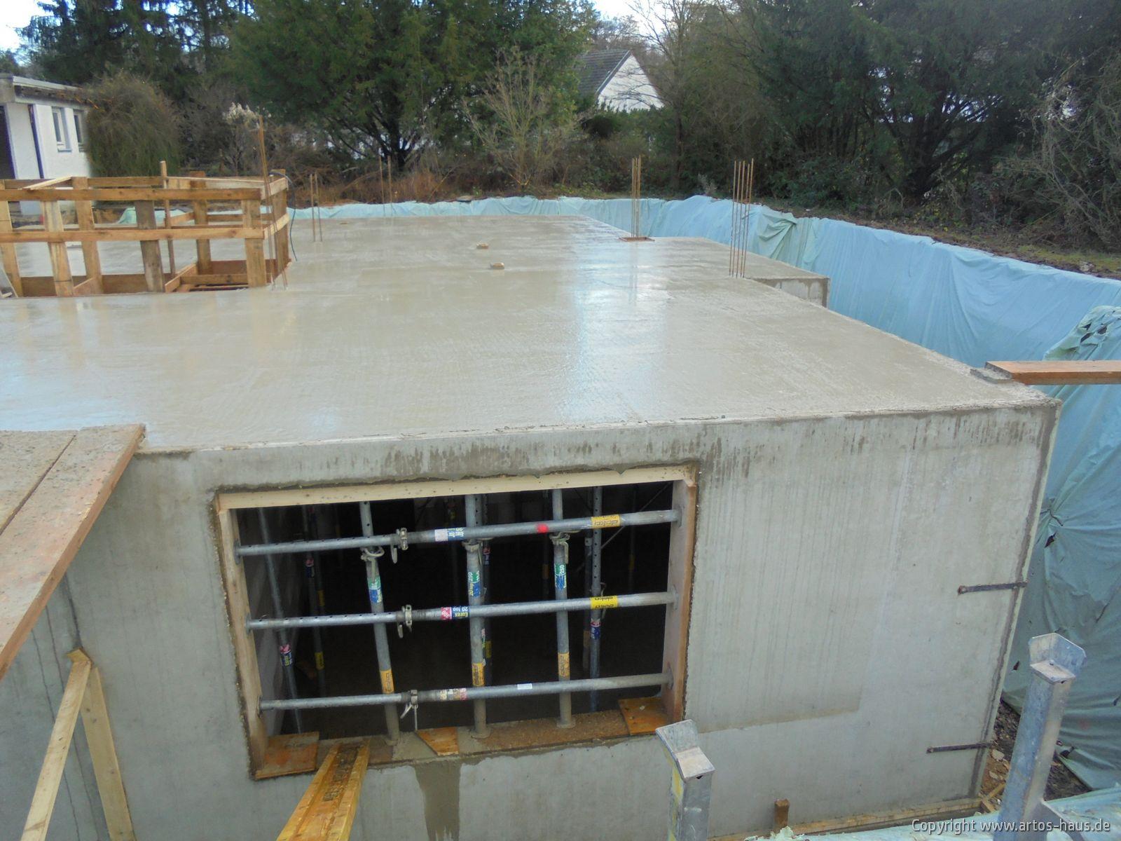 Kellergeschoß Decke betoniert / ARTOS-HAUS Bild 3