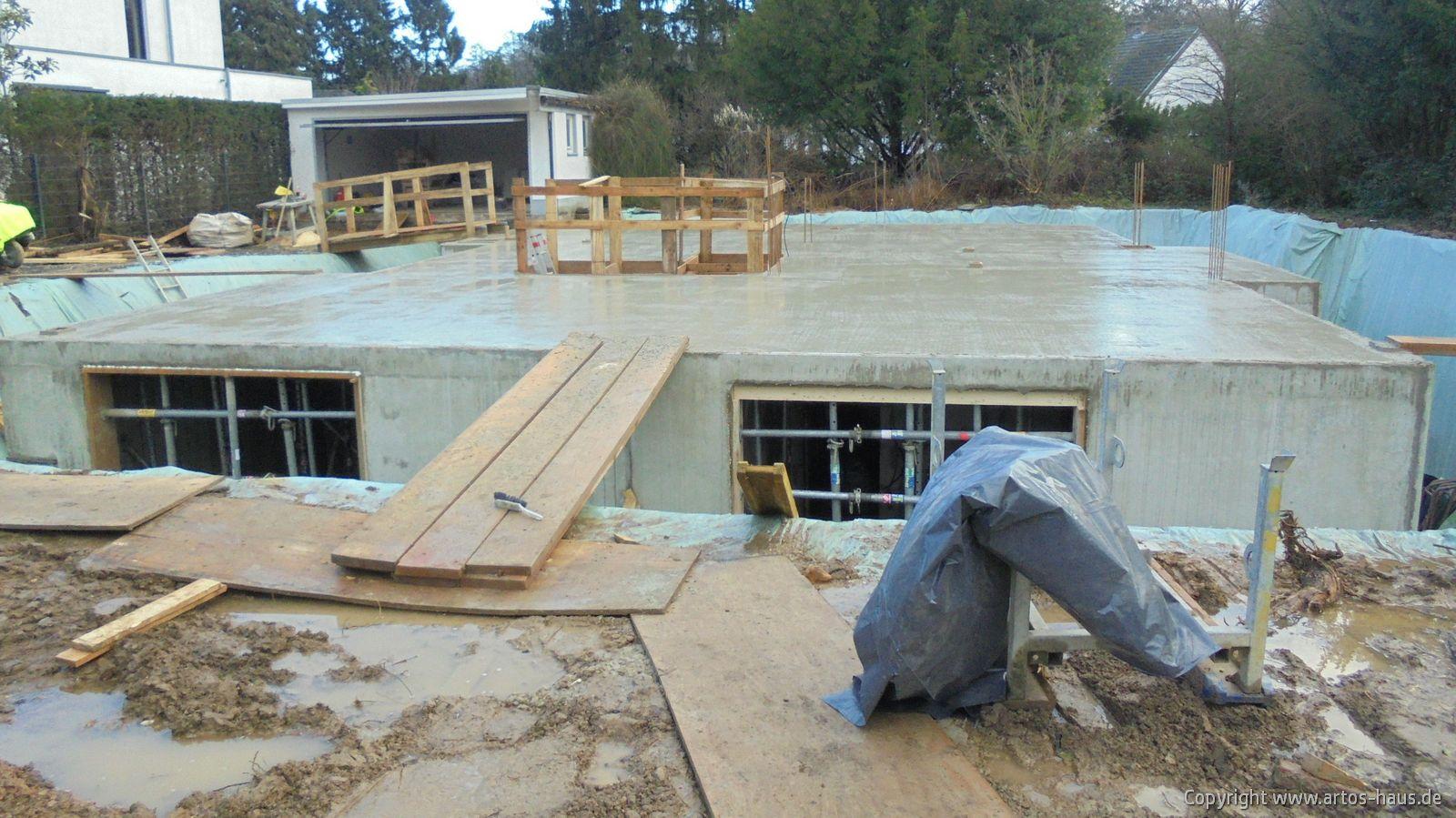 Kellergeschoß Decke betoniert / ARTOS-HAUS Bild 1