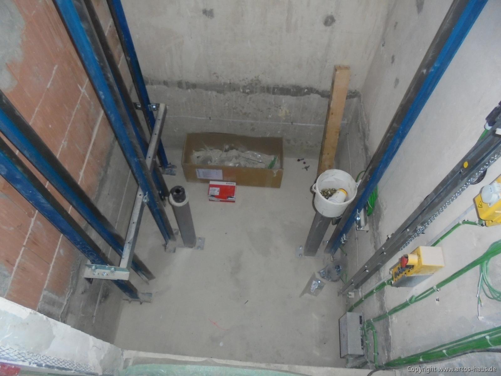 Aufzug des MFH Bild 1
