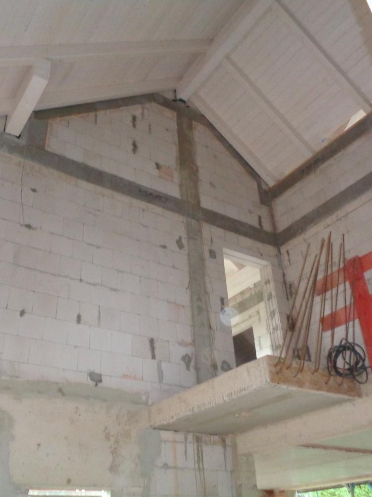 Dachstuhl Bild 1