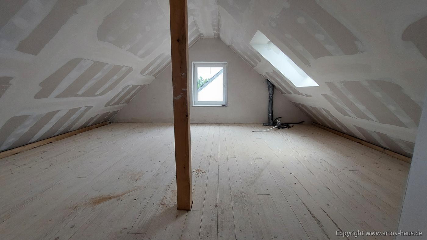 Dachgeschoss Bild 2