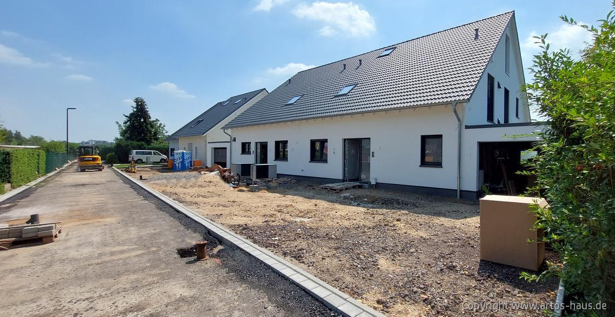 ARTOS HAUS in Hürth, 3 Doppelhaushälften Stand Juli 2021 Bild 1