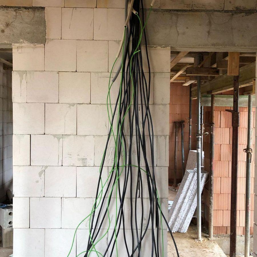 Kabel im EG